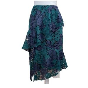 NWOT. Romeo & Juliet Couture Lace Skirt. Size S.
